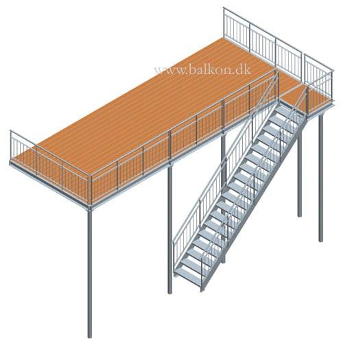 Speciel altan med trappe langs front & repos