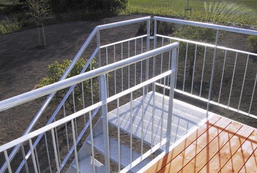 altan-balkon-204l