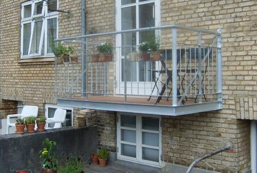 altan-balkon-243l