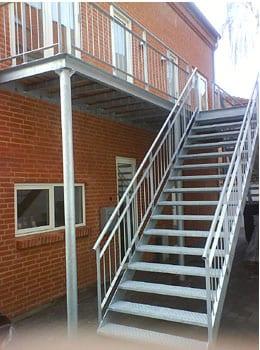 altan-balkon-262l